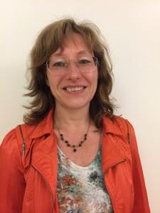 Ester Knudsen
